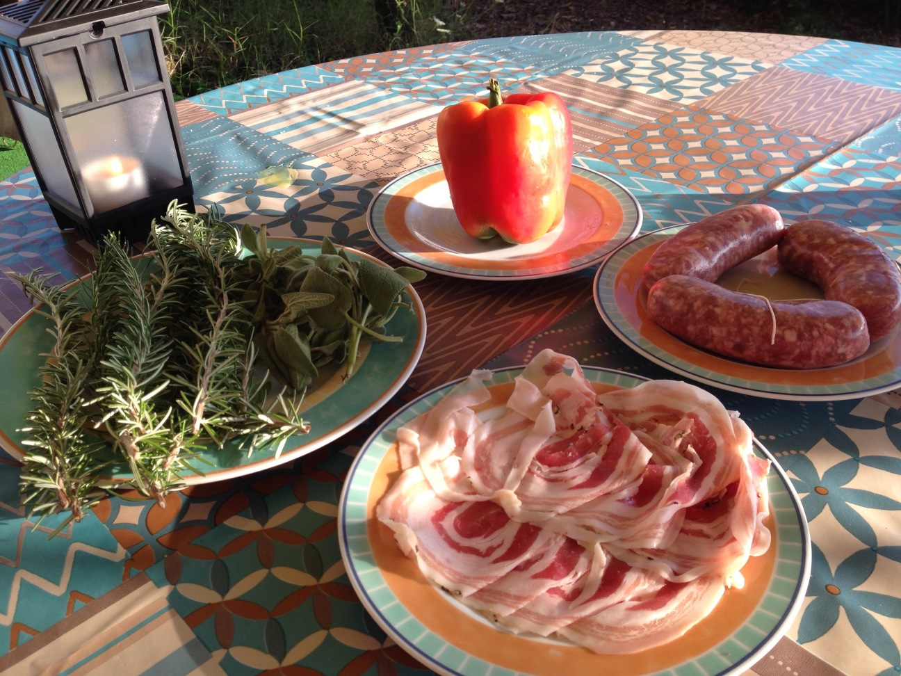 GHENTlemens BBQItaliaanse Salsiccia met pancette en rozemarijn