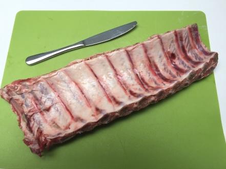 Snij het overtollige vlees en vet weg